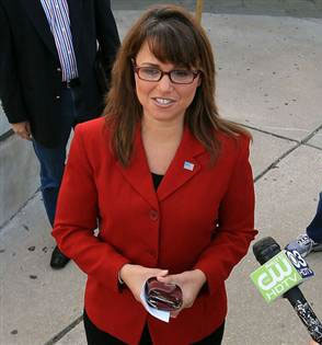 O'Donnell as Palin