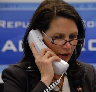 Bachmann is right handed
